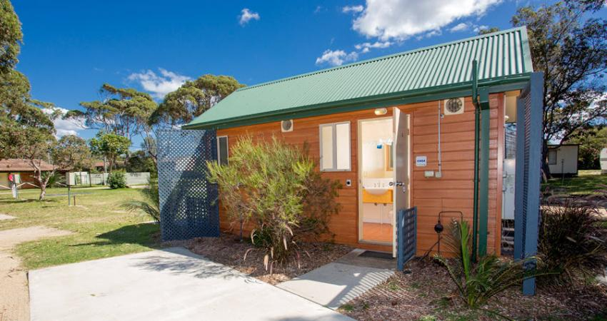 Easts Moruya Accommodation Ensuite Powered Site 900px Jul 19 0002