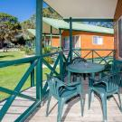Easts Moruya Accommodation Poolside Spa Cabin 900px Jul 19 0002