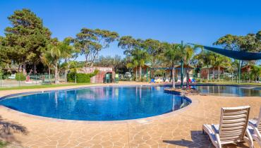 Family Friendly Facilities Swimming Pool NSW South Coast Accommodation
